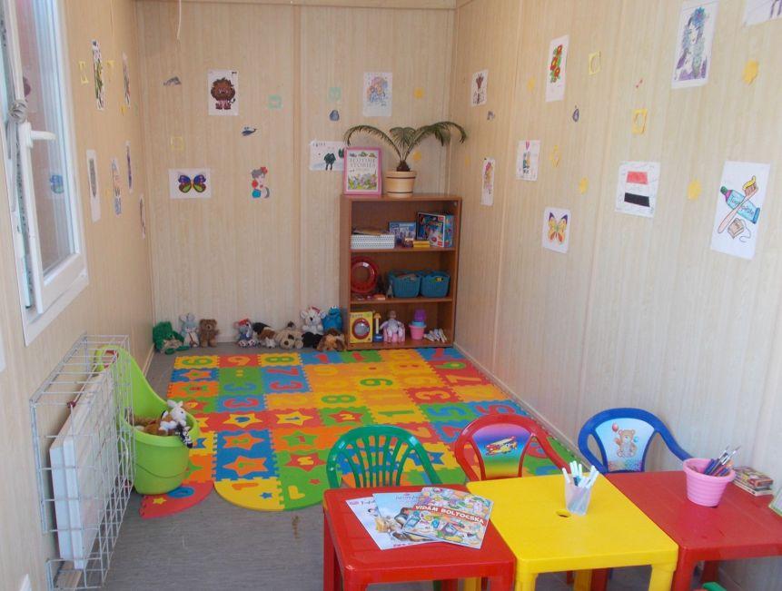 Röszke tranzitzóna gyermek játszószoba(2)